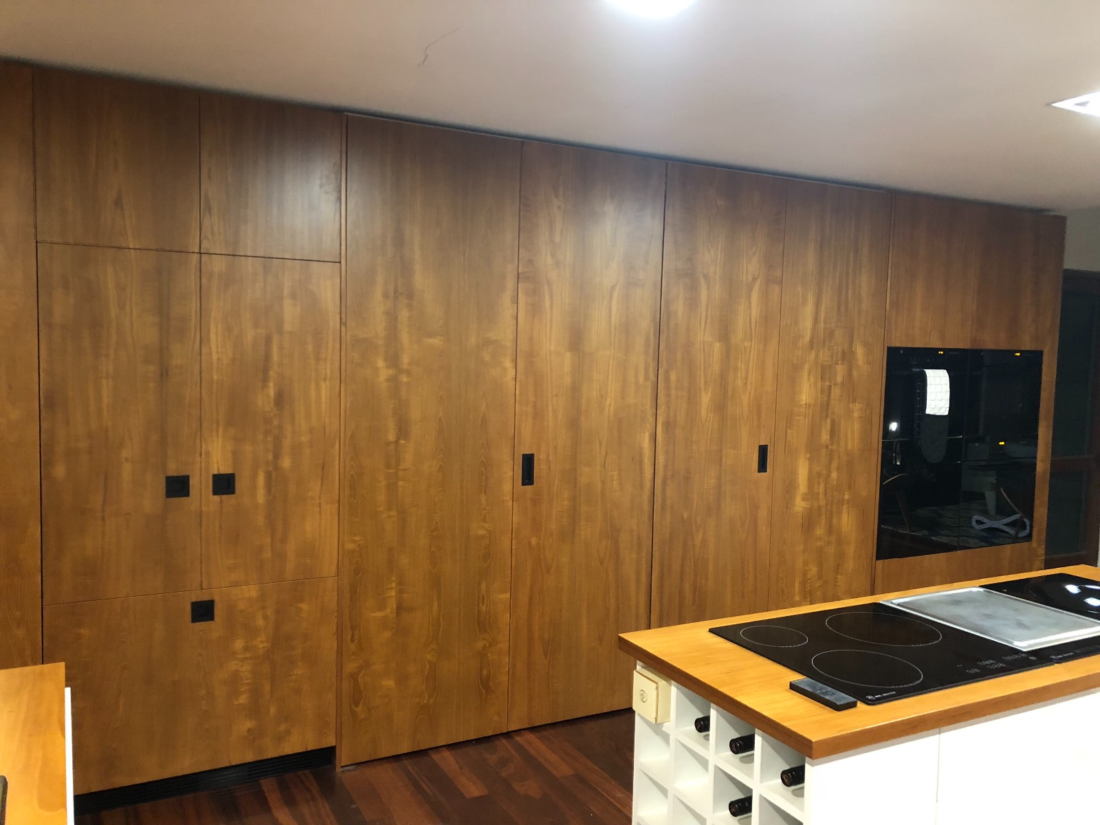 Kitchen cupboards that look like drawers?