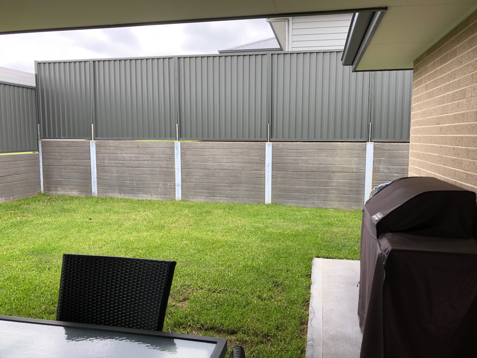High Retaining Wall Cover up ideas