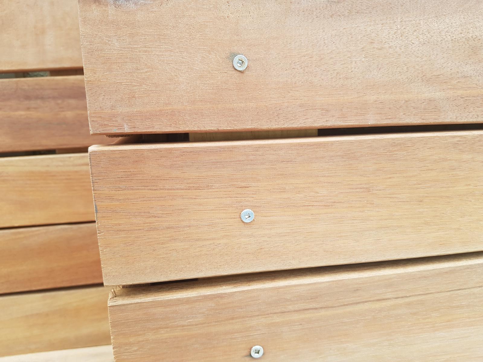 Wooden boards screwing standards