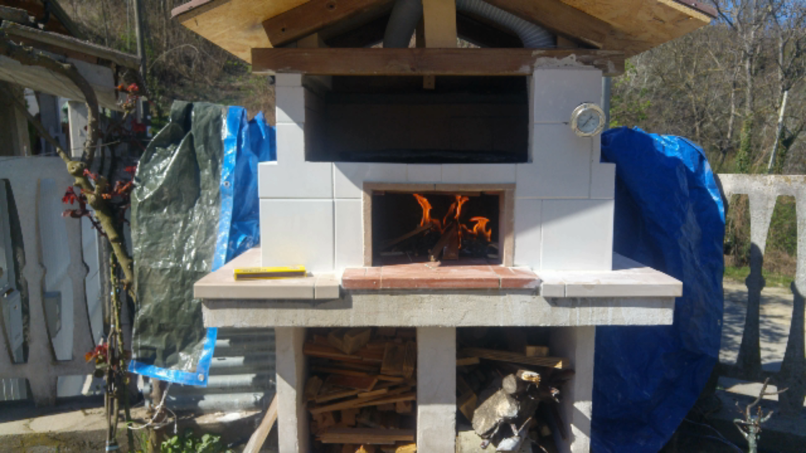 How I built my own DIY combined Barbecue and wood fired oven
