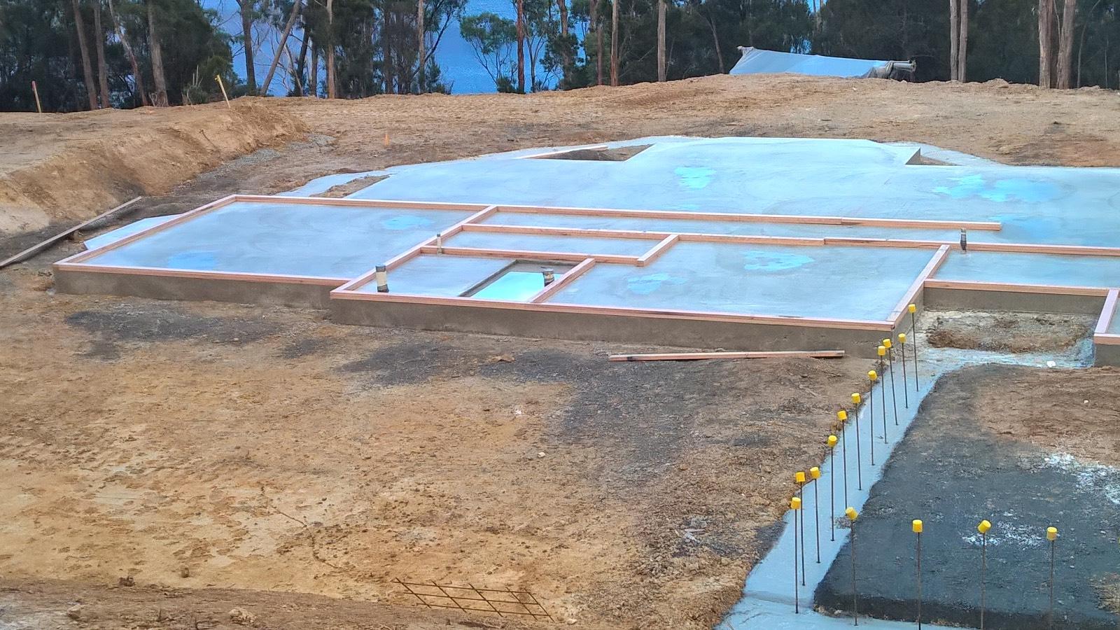Lorri's One day House in Cradoc Tasmania-- update.   5/6/17