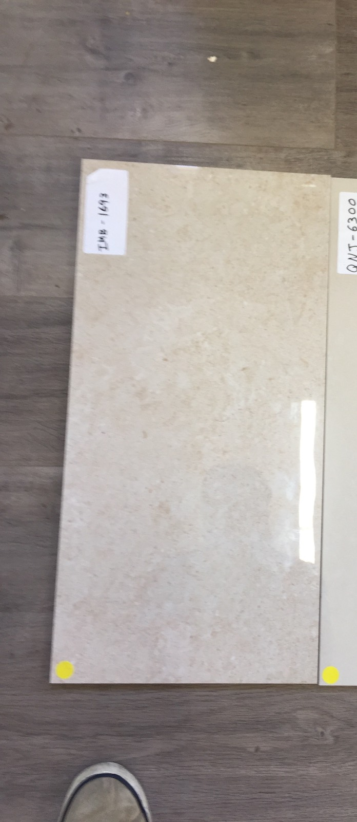 Glossy Porcelain tiles in wet areas and  bathrooms