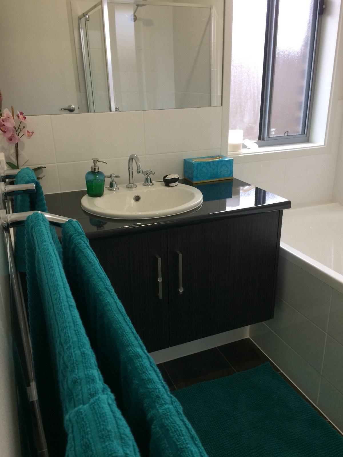 First home build SA Hickinbotham- keys 26/2