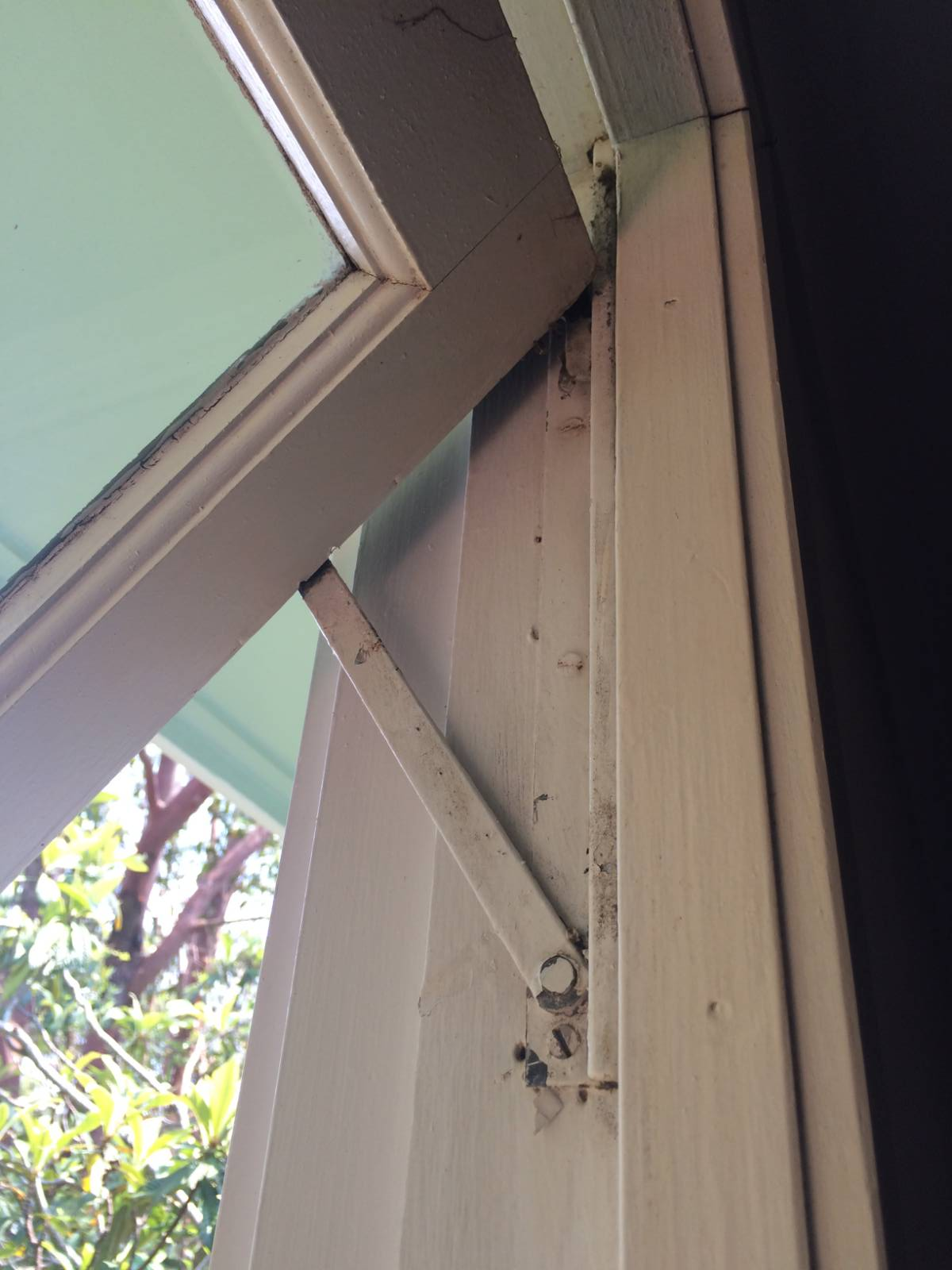 Removing Casement / Awning Windows