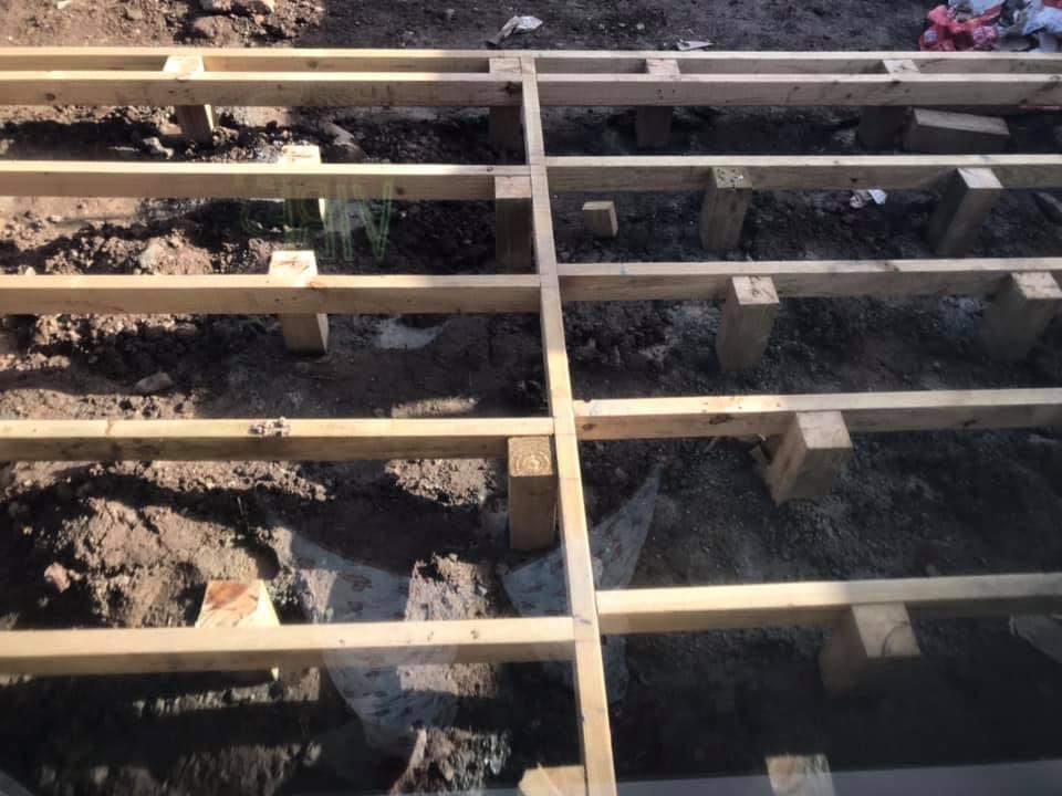 Is it true that eko deck do not need drains?