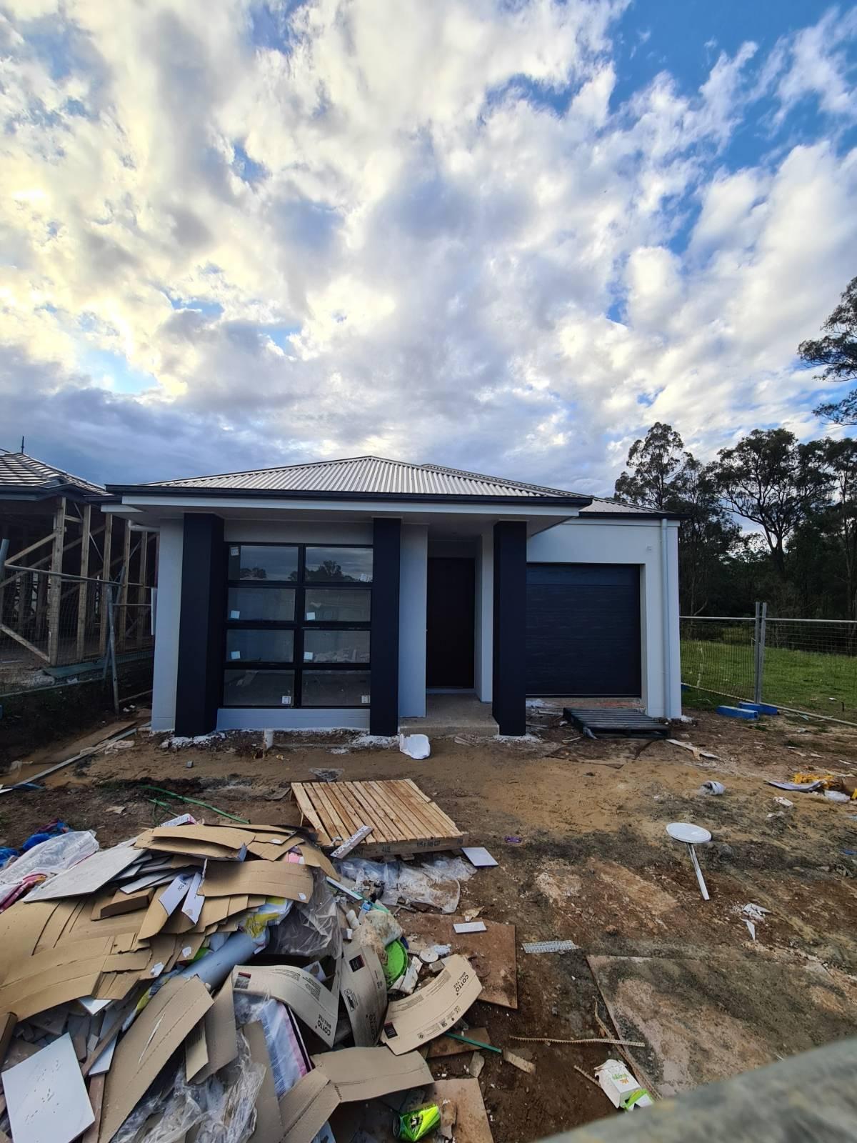 McDonald Jones Homes (Hamilton 5) - First Build