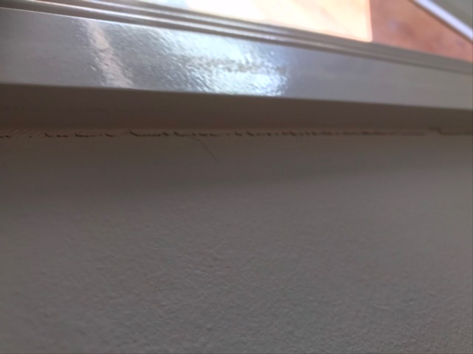 Movement around windows. How to fix before painting.
