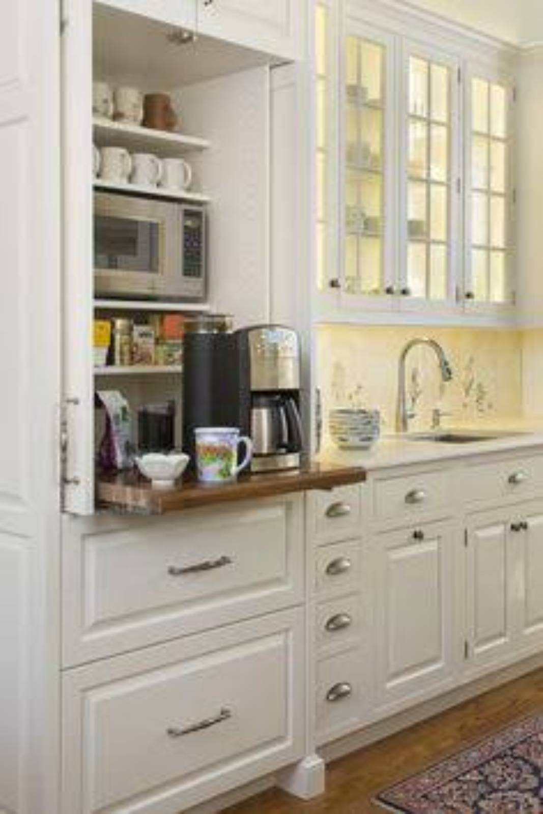Glass front kitchen cupboards for Carlisle Homes?