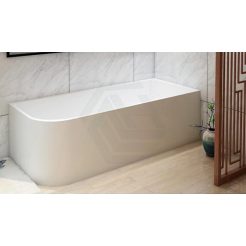 corner bathtub for shower?